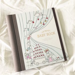Other - NEW Le Petit Baby Book